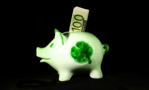 money-1502843_640