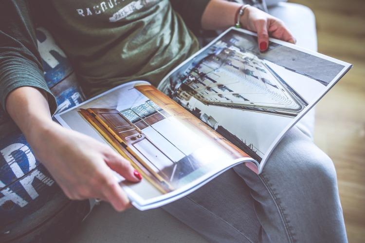 magazine-791653_1280